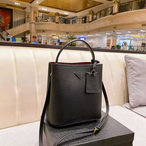 2021Brand Designer Handbag Handbag Luxurys Borse di alta qualità Signore Borse a tracolla Donne Borsa a tracolla in pelle Borsa a secchiello in pelle Borsa per Body Cross