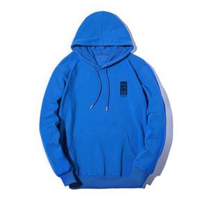 Mens Designer Hoodies Luxury Sweatshirts Man Woman Hoodies Streerwear Brand Pullovers Long Sleeve Simple Design 5 Color Option High Quality