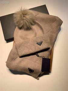 2021 высокого качества горячей продажи моды бренд мужчин и женщин зимы высокого качества теплый шарф шляпа костюм полный вязаная шапка держать в тепле