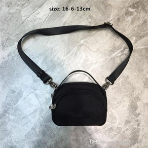 Classic Belt Bag Waist bag in Soft Calfskin Leather, Fashion Side Fanny Pack Men Lady Purse New Canvas cross-body bag