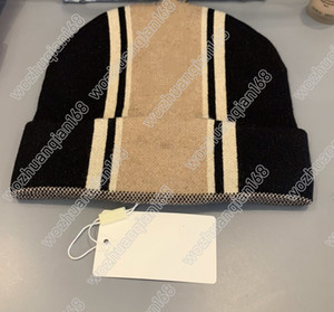 Sombrero de lana de punto de invierno sombrero de carta de moda para mujer Sombrero de dos estilo cálido y cómodo suministro de calidad superior