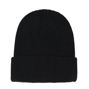Fashion Beanies TN Brand Men Autumn Winter Hats Sport Knit Hat Thicken Warm Casual Outdoor Hat Cap Sided Beanie Skull Caps