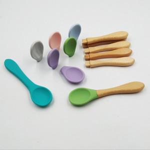Babyernährung Silikon Löffel Beikost Training Short Holzgriff nicht Beleg für Kinder Löffel Mehrfarben 3 4yy F2