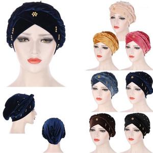 Beanie / Skull Caps European American Fashion Velvet Hat Muslim Femenina Color sólido Turbante Islámico Hacerte con cuentas Dubai Twist Braid Parte