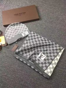 2020 Calidad de diseño caliente Sombreros Pañuelos 2 piezas traje de invierno caliente de lujo Beanie de los hombres de las mujeres adultas Europea de punto marca bufanda sombreros