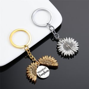 1 Pcs Newly Product Special Cross Border Hot Sale in Europe and The United States Popular Sunflower Shaped Keychain