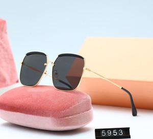2021 New Luxur Высочайшее Качество Классические квадратные Солнцезащитные очки Дизайнер Бренд Мода Женская Солнцезащитные Очки Очки Металлические Стекло Линзы с коробкой 5953