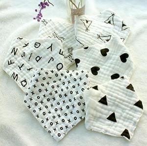 Baby triángulo bufanda impresión infantil baberos niños pequeños toalla babea recién nacido babero algodón bandana burp paños gruesos anti sucia toallas FWB2834