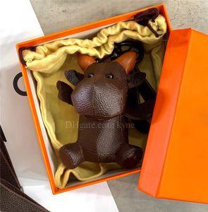 Designer Keychain 3D Animal Animal Chaveiro Chaveiro Chaveiro Chaveiro PU Couro Vaca Carta Padrão Carro Carro Bolsa Chaveiro Com Caixa De Presente