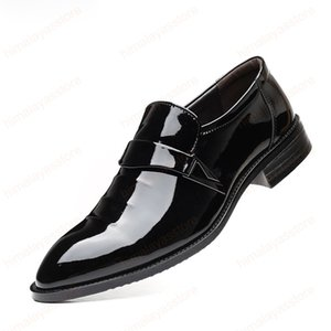 Suit Shoes Men Formal Italian Dress Patent Leather Shoes Men Classic Big Size Corporate Shoes for Men Slip Dress