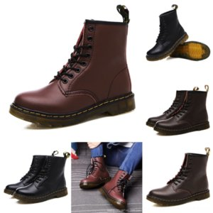 UEXDB Scarpe di marca Donne Messi Boot Leather Stivali Classic Boots Couple Yellow Limited Edition Branding Co Sneakers Luxurys Designer Nuova neve