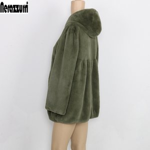 Nerazzurri 가을 Pleated Furry 가짜 모피 코트 여성 후드 높은 허리 블랙 레드 핑크 플러스 크기 따뜻한 푹신한 재킷 5XL 6XL 7XL 201110