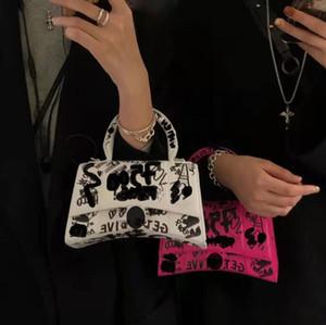 2021 Más nuevos diseñadores Lujos de lujo Bolsa de graffiti bolsos bolsos Localización completa Venta al por mayor Mujer diseñadora Crossbody Bolsa Marca con caja