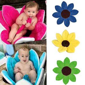 Newborn Baby Bathtub Foldable Flower Blooming Bath Tub Anti-slip Baby Shower Baby Blooming Sink Bath Cushion Skin Bath Pad Mat 201117