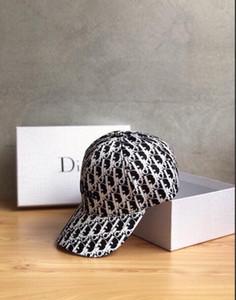 Beckyruiwu Lady Autunno Inverno Chic irregolare Brim cappelli di Fedora donna partito convenzionali dal grado superiore al 100% lana cappello di feltro