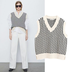 Women 2020 Fashion Oversized Houndstooth Knitted Vest Sweater Vintage Sleeveless Side Vents Female Waistcoat Chic Tops