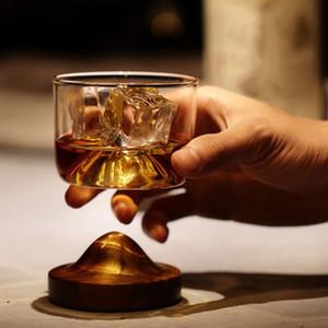 Accueil Cuisine Whiskey Glass Mountain fond en bois vin transparent en verre pour la Coupe du whisky vin Vodka Bar Club