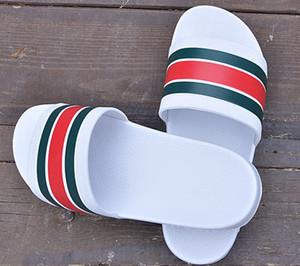 2021 NUEVO Diseñador Slipper Gear Bottoms Sandalias Slide Sandalias Rayas Causal Slippers Non-Slip Slippers Flip Flops Slipper 36-45