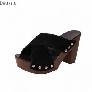 Slippers Female 2020 Summer New Mature Cross Belt Decoration Toothy High Heels Thick High Heeled Waterproof Platform Sandals AolT#