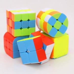 Rubik's Cube cartoon pendant key chain car key chain girl cute Korean creative lovers bag hanging decoration keychain