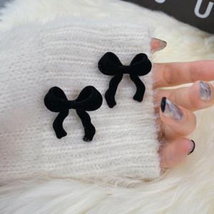 S925 Agulha Moda Personalidade Punk Vintage Metal Bow Stud Brincos Para As Mulheres Meninas Festa Diária Chique Jóias SS925