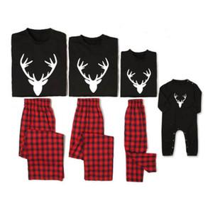 크리스마스 가족 정장 크리스마스 블랙 순록 크리스마스 의류 패밀리 파자마 세트 잠옷 여성 남성 아동을 설정