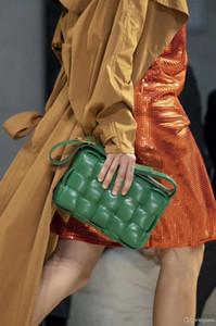 في الأزياء نمط جديد السيدات السيدات المنسوجة رسول حقيبة مزاجه عارضة الأعمال تحقق حقيبة جوكر الفاخرة عالية الجودة حقيبة الكتف