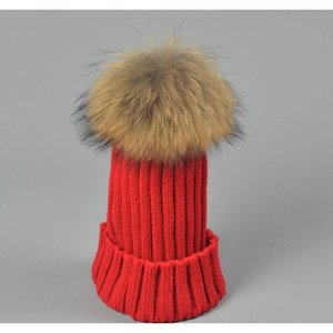 Designer Ladies Knitted Rib Beanies With Real Raccoon Dog Hair Ball Children Fancy Plain Fur Pom Winter Hats Womens wmtxIO beauty888