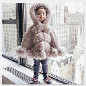 Mode Ins Kinder Fuchs Pelz Schal Winter Kinder Faux Pelz Mit Kapuze Mäntel Mädchen Fleece Warm Poncho Princess Cape Winter Baby Mädchen Outwear A4995