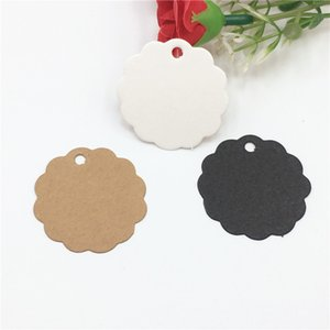 500Pcs Lot Flower Side Round Kraft Paper Tags for Jewelry Box Candy Cake Boxes Packaging Blank Cardboard Hang Tag 3.5x3.5cm