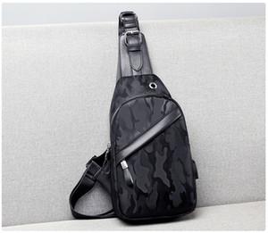 progettista di lusso degli uomini USB Busto Sling Bag Borsa grande capacità borsa Crossbody Borse Tracolla dare sacchetti lontano chiave