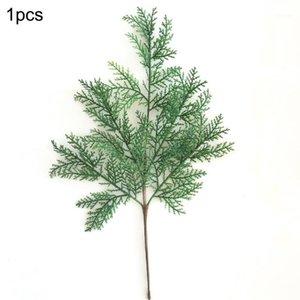 1 / 5pc 현실적인 찾고 인공 삼나무 Cypress 나뭇잎 소나무 콘 줄기 가짜 잎 식물 크리스마스 장식 flowers1
