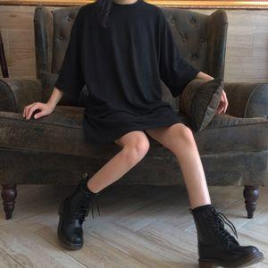 Harajuku Fashion Black Female T Shirts Summer Japanese Gothic Vintage Casual Tops Street Wear Oversized Women Slim Tshirt Y200930