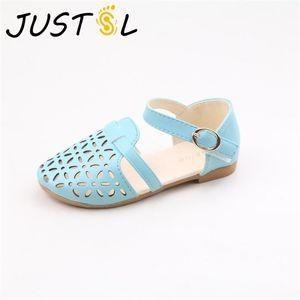 JUSTSL Summer Children Fashion Shoes Teenage Girls Sandals Kids Princess Flat Beach Shoes Breathable Sandals Size 31-35