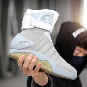 7ipupas novas botas para homens, mulheres, usb recarregável sapatos brilhantes homem botas de inverno sapatos festejos soldado legal botas de volta ao futuro 201127