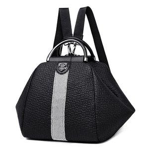 Dropship PB0004 New Fashion Women Black Backpack Leisure Sport Outdoor Packs Retro Travel Bags Handbag 24x26x22cm
