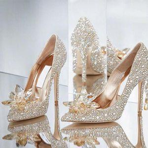 Sparkly Stiletto Calcon Cristais Nupcial Vestido de Noiva Sapatos para Noiva Designer de Luxo Strass Heels Bombas Poed Toe Festa Prom sapatos 6cm
