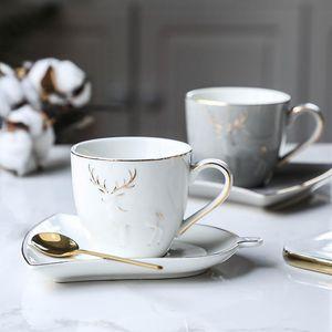 Bord d'or Elk nordique tasse de café avec des feuilles de forme Plateau Set café cuillère à thé Porte-Cappuccino Cup Ménage Tumbler Espresso