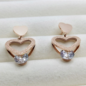 2021 Fashion Design Stainless Steel Ladies Rose Gold Plated Zircon Heart Pendant Necklace Earrings Jewelry Gift