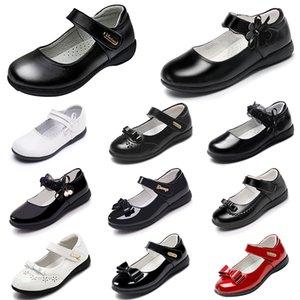 Zapatos de plataforma de diseñador para bebés zapatos de cuero princesa con fondos suaves triple negro triple blanco exterior verano caminando trotar snede
