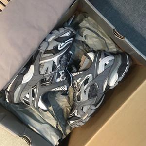 2020 New Arrival Track.2 Treinador Sneaker Homens Sapatos Designer Mulheres Sapato Trilha 2.0 Em Black Bege Mesh Nylon Designer Triplo Sneakers