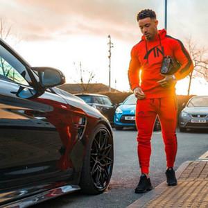 Mens Tracksuits Herren 2020 neue Fitness-Anzüge der Männer im Freien mit Kapuze Sportbekleidung + Hosen Jugend Street Style AutumnTwo teilige Anzüge