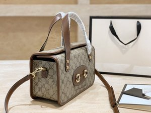 2020 fashion messenger bag retro classic old design handbag lady bag design lady pattern horseshoe buckle Boston small box