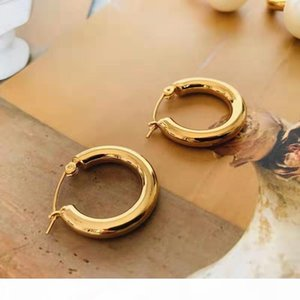 Europe and America Luxury Women Earrings Yellow Gold Plated Smooth Round Hoops Earrings for Girls Women for Party Wedding Nice Gift