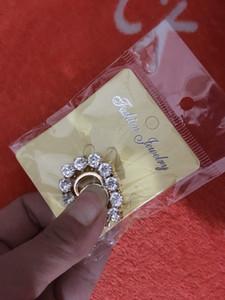 Горячая распродажа японской и корейской версии диких преувеличенных брошем, персональность Письмо Золотой воротник Цветок осень Полный алмаз взрыв