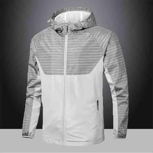 Men Jacket 2021 New Mens Panelled Jackets Fashion Mens Casual Sport Jackets Top Quality Hooded Zipper Windbreaker 2 Colors Size L-4XL