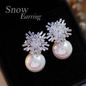 Orecchini della perla di modo della donna del fiocco di neve di cristallo di fascino degli orecchini strass intarsiato di gioielli orecchini carina coppia regali scelta migliore