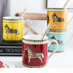 Tasse de café Creative tasse d'eau de bureau de thé l'après-midi couple tasse tasse en céramique grande tasse de lait avec une cuillère