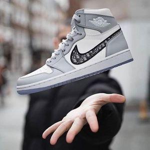 Basketball designer de sapatos de luxo Paris Air Dior Converse Nike Air Jordan 1 AJ Oblique KAWS B23 Zoom Preto Retro cestas sapatilhas