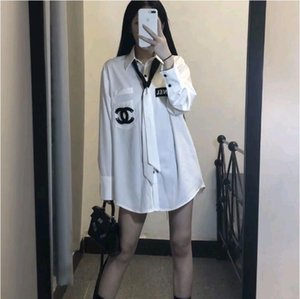 Europe 2020 Pre-fall new online celebrities with the same LOGO single breasted shirt and tie loose blouse